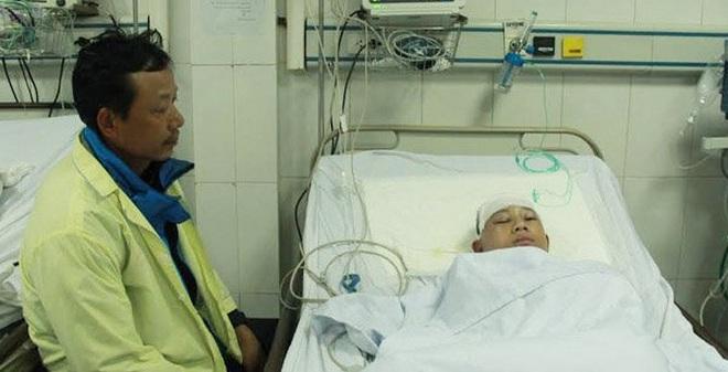 Hà Tĩnh: Học sinh bị bạn đánh chấn thương sọ não chỉ vì... cái mũ