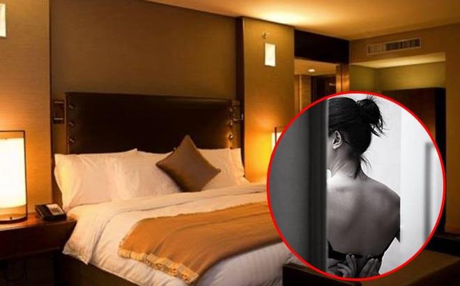 Khách sạn cài máy quay lén chiếu thẳng giường, nữ khách hàng thất kinh vì rơi vào tầm ngắm