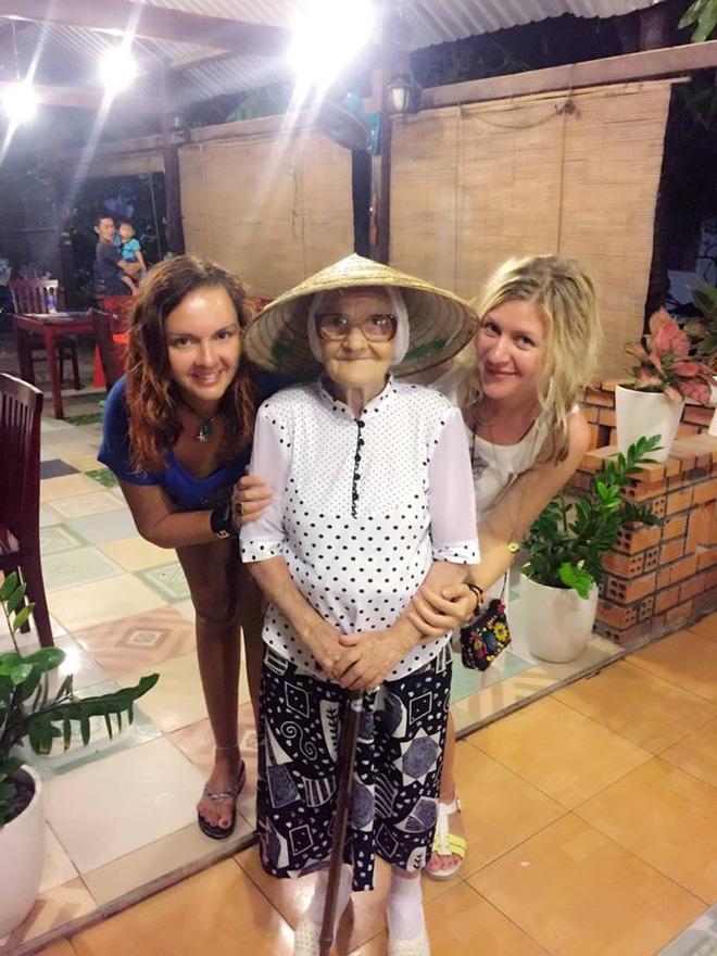 Cụ bà 89 tuổi người Nga bất ngờ bị ghen tị sau khi đến Việt Nam - Ảnh 3.