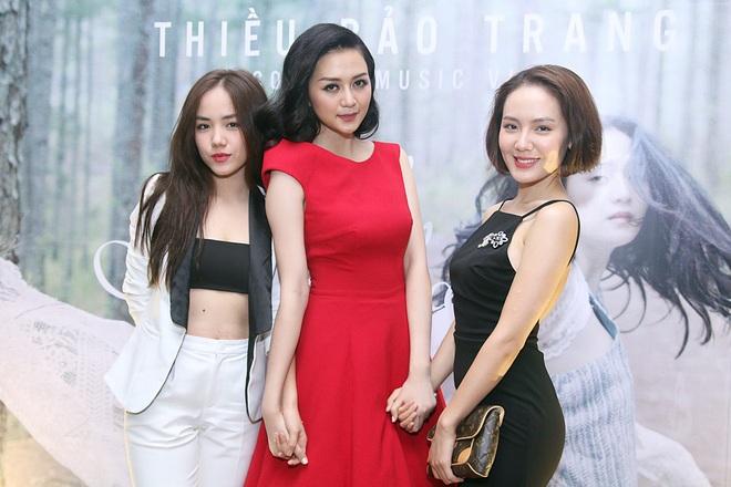 Chị em Phương Linh gợi cảm lấn át Thiều Bảo Trang - Ảnh 9.