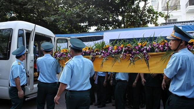 Đưa tiễn Đại tá Trần Quang Khải về nơi an nghỉ cuối cùng - Ảnh 3.