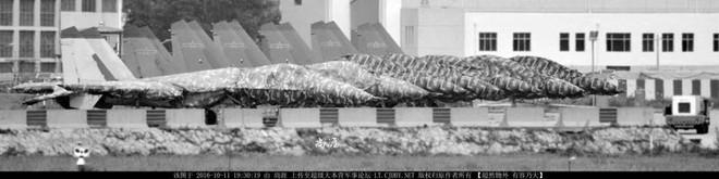Trung Quốc chế tạo hàng loạt bản nhái Su-30MK2? - Ảnh 2.