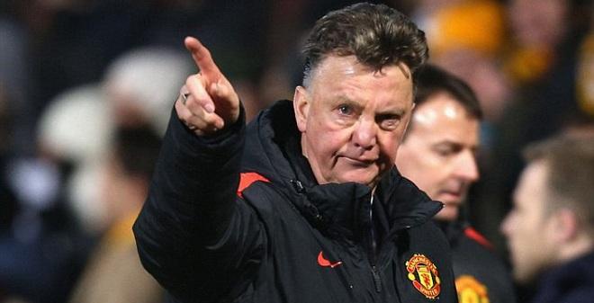 Đẩy Van Gaal khỏi Man United, đừng có mơ!