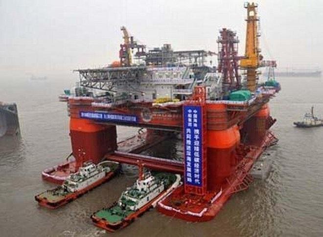 Trung Quốc đưa giàn khoan ra Biển Đông
