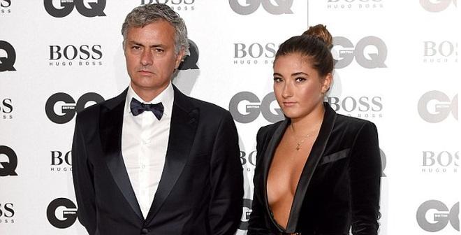 """Bạn thân """"bóc mẽ"""" điều tệ hại nhất của Mourinho"""