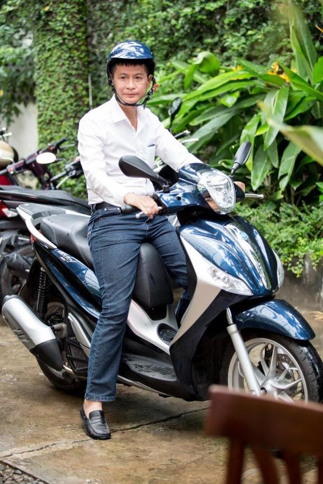 Lê Hoàng: Sẵn sàng bỏ xe hơi nhưng không chia tay xe máy - Ảnh 5.