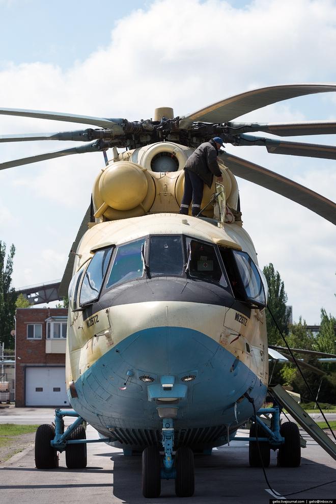 [ẢNH] Thăm nhà máy chế tạo Thợ săn đêm của Nga - Ảnh 18.