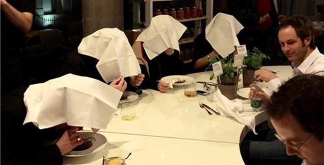 """Đầu bếp và thực khách bị coi là """"mất nhân tính"""" khi dùng món ăn này"""