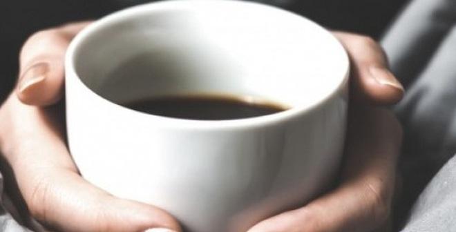 4 dấu hiệu cảnh báo khi uống nhiều cà phê