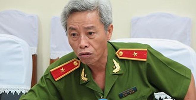 """Phía sau những phát ngôn """"bom tấn"""" của tướng Minh"""