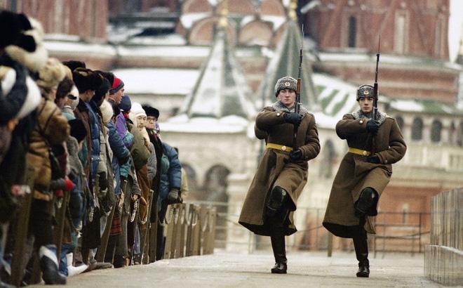 25 năm Liên Xô tan rã: Từ thảm kịch đến hoài niệm