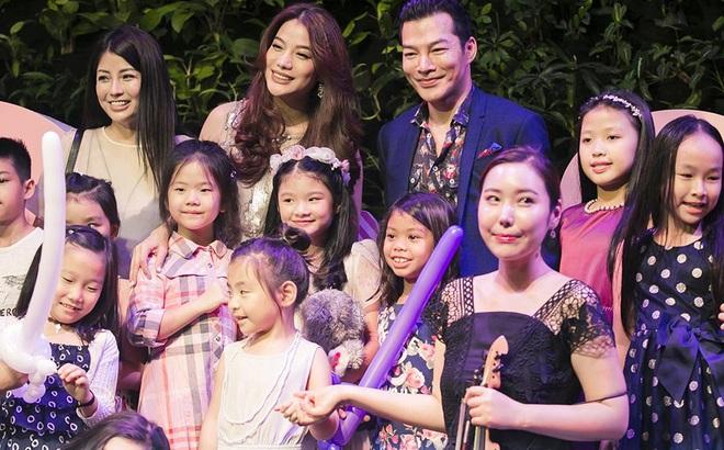 Trương Ngọc Ánh vui vẻ bên chồng cũ trong sinh nhật con gái