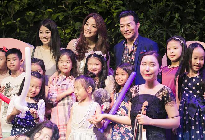 Trương Ngọc Ánh vui vẻ bên chồng cũ trong sinh nhật con gái - Ảnh 3.