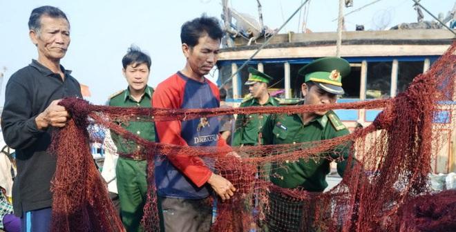 Bộ Ngoại giao lên tiếng việc hải cảnh TQ tấn công tàu ngư dân VN