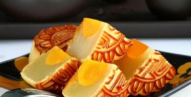 Cách ăn bánh trung thu tránh mang bệnh vào người