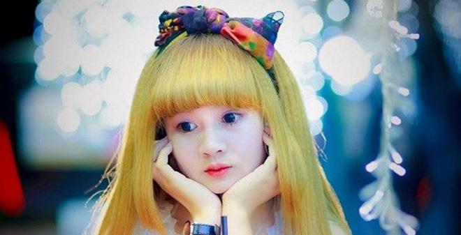 Cô gái Gia Lai giống hệt búp bê
