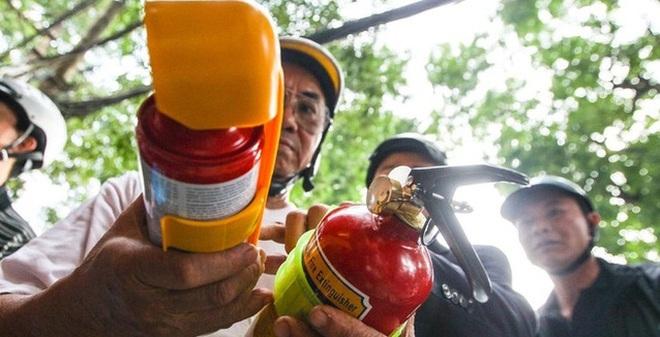 Nếu bình xịt cứu hỏa phát nổ có quyền yêu cầu Công an bồi thường?