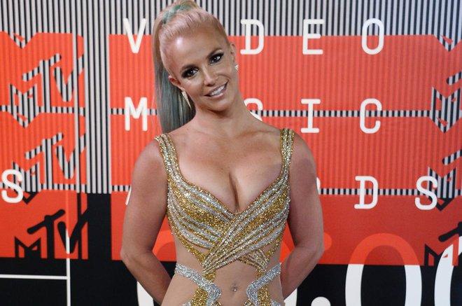 Hành trình đứng dậy sau scandal của Britney Spears - Ảnh 1.