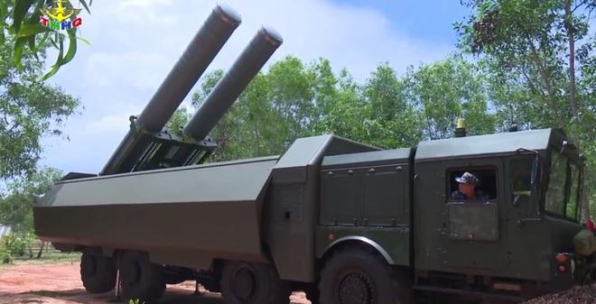 [VIDEO] Hệ thống Bastion-P của Việt Nam huấn luyện tác chiến