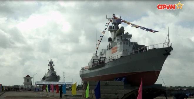 Làm chủ công nghệ đóng tàu quân sự