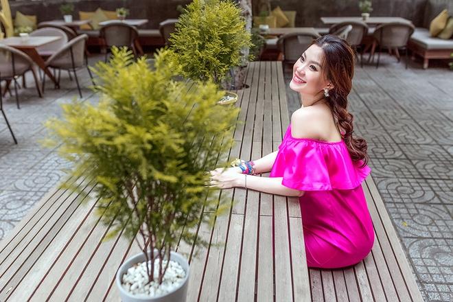 Á hậu Diễm Trang khoe vẻ gợi cảm trước ngày sinh nở - Ảnh 11.