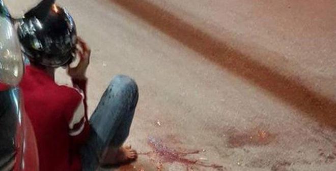 Bốn đối tượng chém rớt bàn tay thanh niên ở Sài Gòn bị khởi tố tội giết người