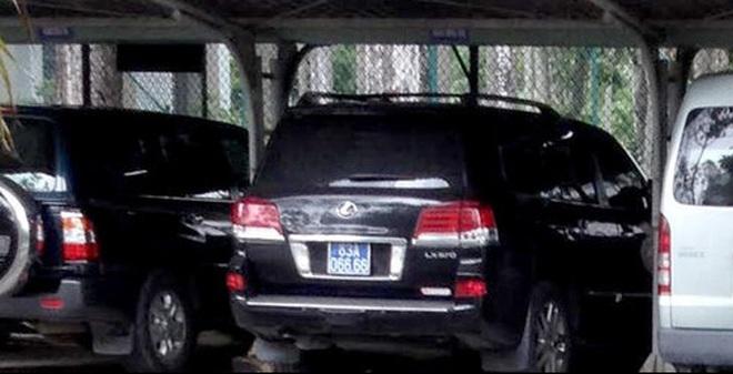 """Vụ """"hóa kiếp"""" xe Lexus:Trưởng Phòng CSGT tự nhận khiển trách"""