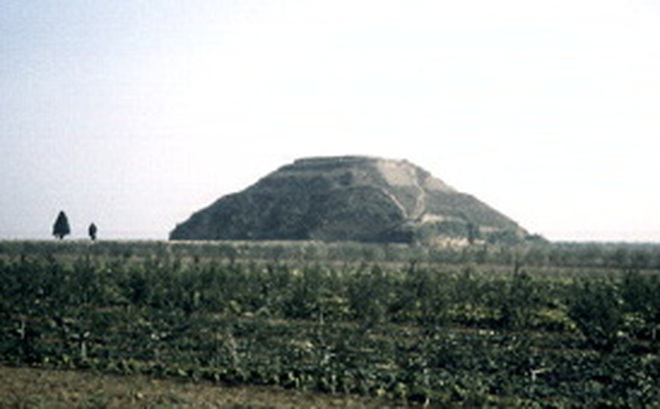 Đại kim tự tháp ở Trung Quốc – Bí ẩn chưa thể khám phá
