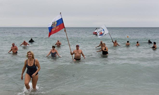 Crimea không hối hận tách khỏi Ukraine, nhưng mong đợi nhiều hơn từ Nga