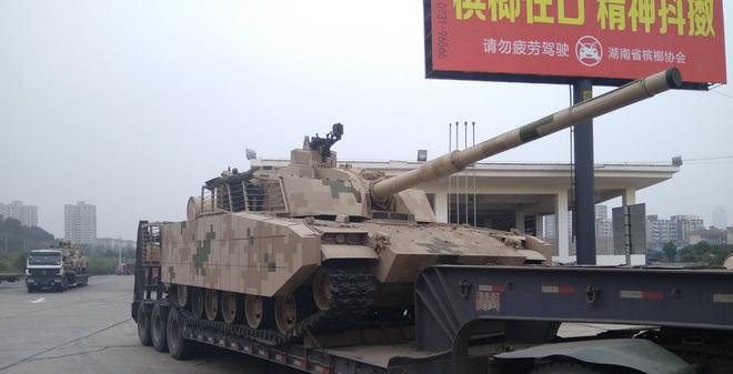 Trung Quốc trình làng xe tăng tác chiến miền núi