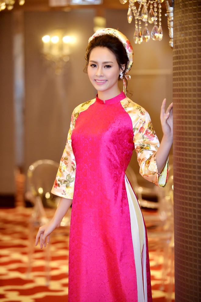 Hoa hậu Biển Thùy Trang gây chú ý vì ngày càng xinh đẹp - Ảnh 1.