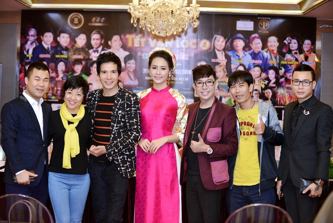 Hoa hậu Biển Thùy Trang gây chú ý vì ngày càng xinh đẹp - Ảnh 13.