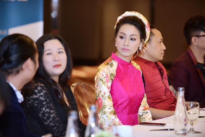 Hoa hậu Biển Thùy Trang gây chú ý vì ngày càng xinh đẹp - Ảnh 7.