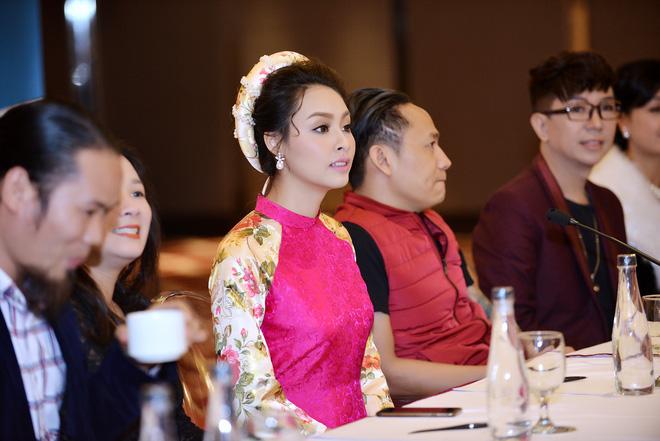 Hoa hậu Biển Thùy Trang gây chú ý vì ngày càng xinh đẹp - Ảnh 8.