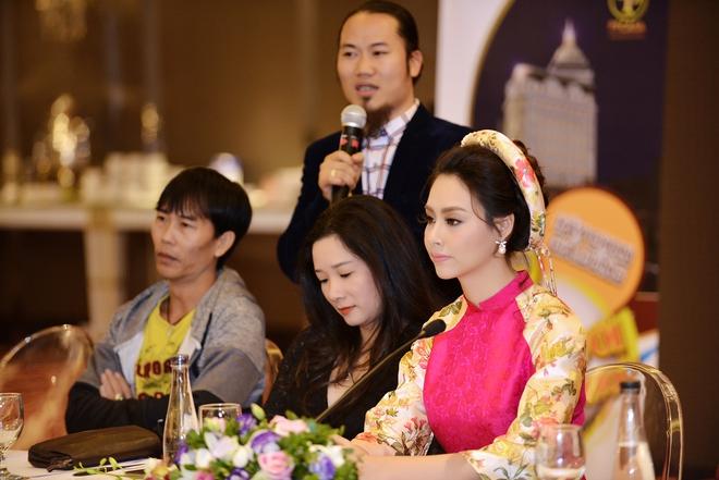 Hoa hậu Biển Thùy Trang gây chú ý vì ngày càng xinh đẹp - Ảnh 10.