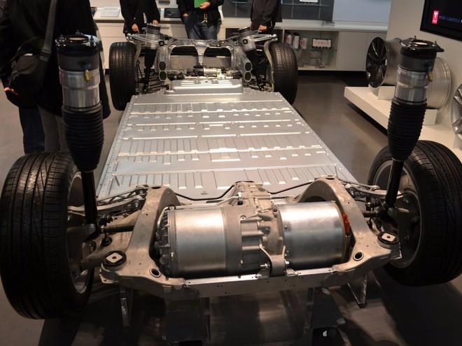 Ý tưởng điên rồ về siêu nhà máy của Elon Musk - Ảnh 7.