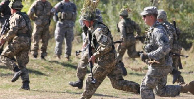 Hàng ngàn binh sĩ NATO tới Ukraine tập trận