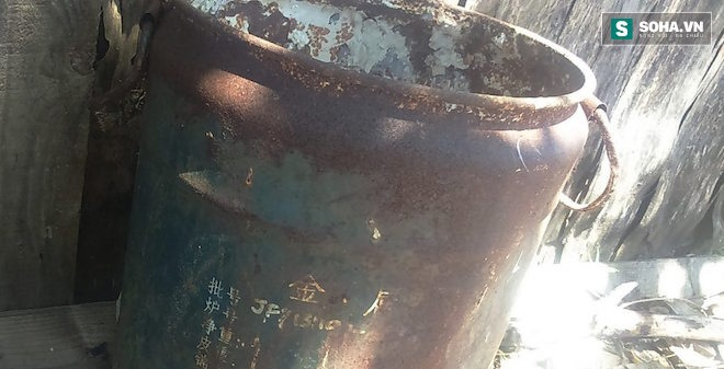 Điều tra làm rõ vụ rác thải đổ trong trang trại người dân