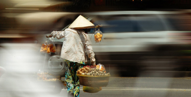 Người Việt làm bao lâu mới đủ trả nợ công?