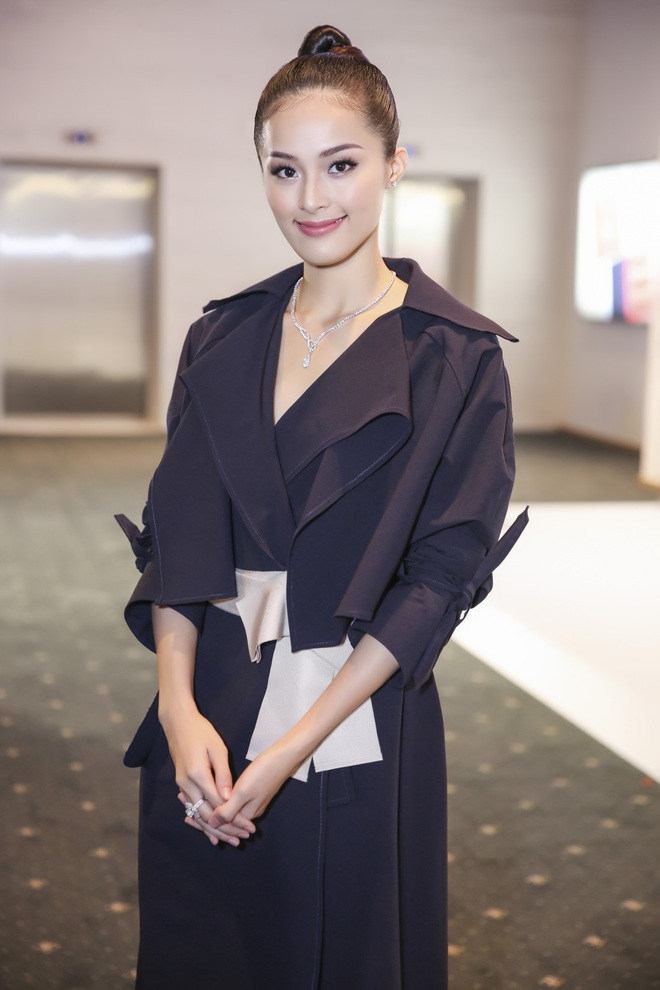 Bạn gái Cường Đô la chơi sang, đeo kim cương trị giá tỷ đồng  - Ảnh 7.