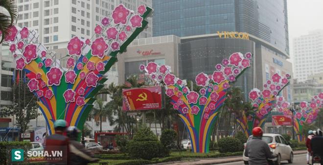 """GS Thịnh: """"Trang trí lòe loẹt đang nông thôn hóa Hà Nội"""""""
