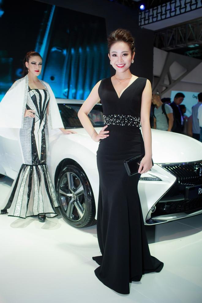 Nhan sắc xinh đẹp của MC Thùy Linh thu hút sự chú ý tại sự kiện - Ảnh 3.