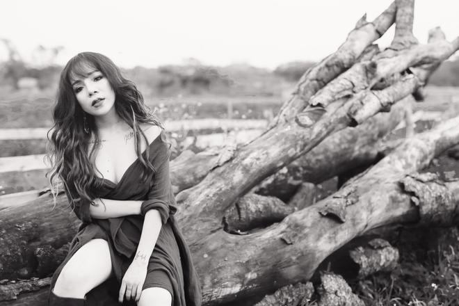 Minh Chuyên tung album mới sau khi lên chức bà chủ - Ảnh 9.