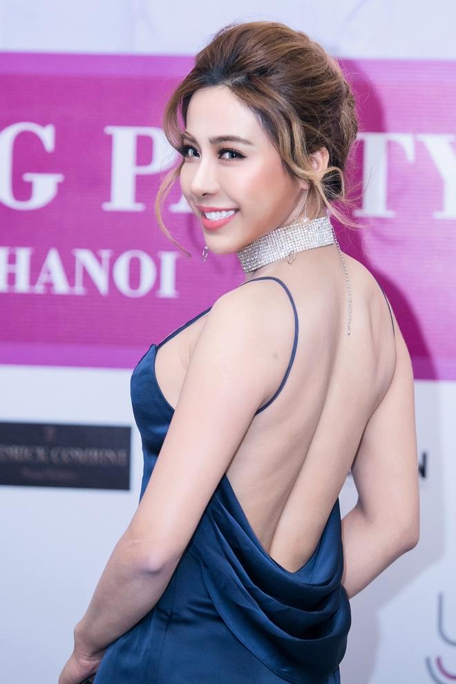 Á khôi Diệu Linh tiếp tục chi tiền phẫu thuật thẩm mỹ - Ảnh 3.
