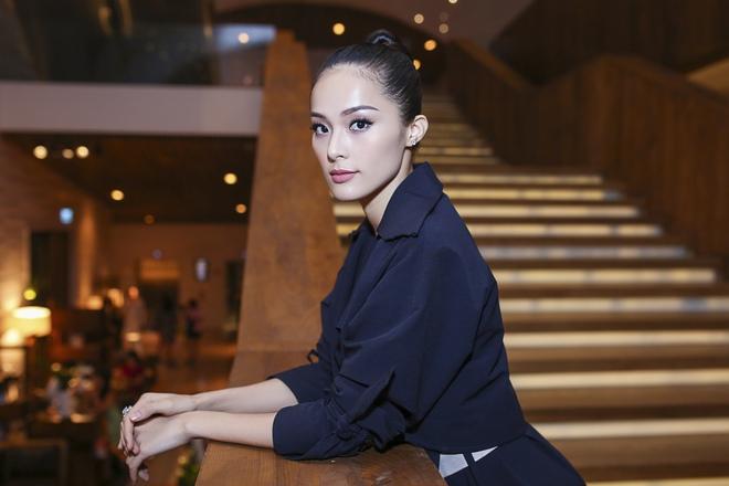 Bạn gái Cường Đô la chơi sang, đeo kim cương trị giá tỷ đồng  - Ảnh 3.