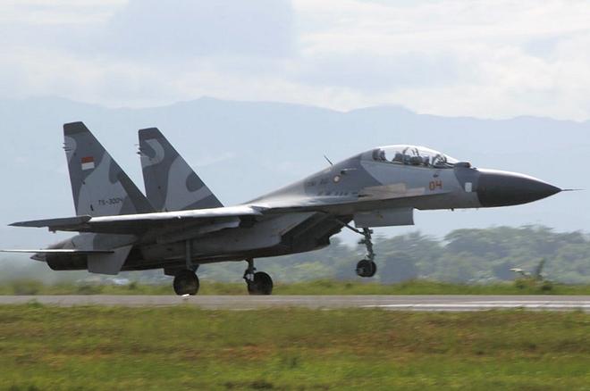 Đã đủ bằng chứng cho thấy J-16 Trung Quốc vượt xa Su-30MK2? - Ảnh 2.