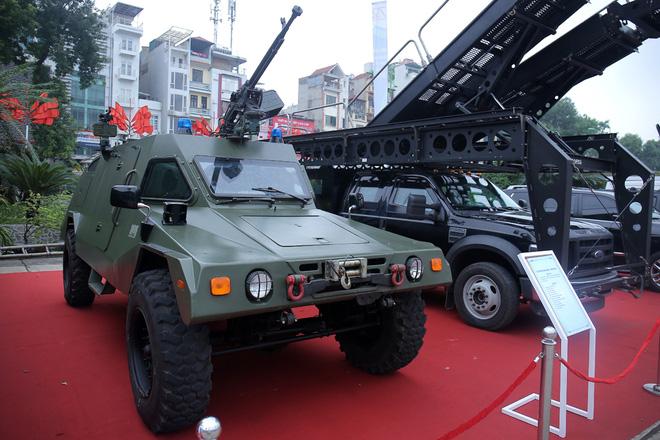 Xe bọc thép có hỏa lực mạnh nhất của Công an Việt Nam: Thế giới đánh giá cao - Ảnh 1.