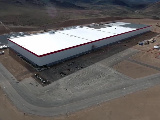 Ý tưởng điên rồ về siêu nhà máy của Elon Musk - Ảnh 3.