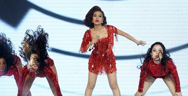Hoàng Thùy Linh bất ngờ rút lui khỏi The Remix