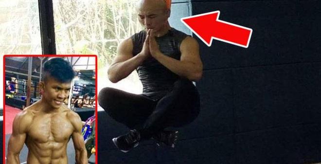 """Võ sĩ Trung Quốc tung chiêu mới khiêu khích """"Thánh Muay Thái"""""""